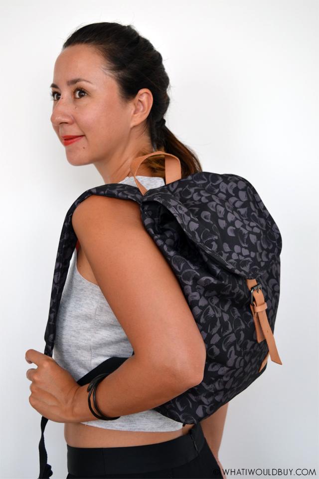 EASTPAK Krystal Streak backpack from thebagstore.nl - photography by whatiwouldbuy.com