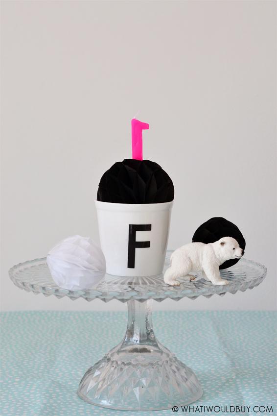 Decoratie tips en taart inspiratie ideeën voor baby & kinderverjaardag - Photography by Danique Bauer / © WhatIWouldBuy