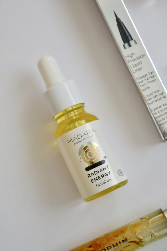 MÁDARA Radiant Energy Facial Oil - © whatiwouldbuy.com